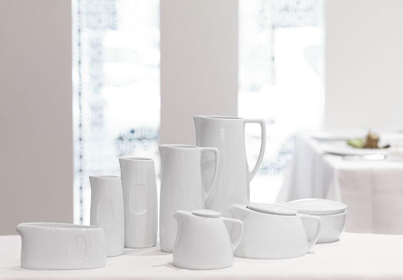 Colección Malva.Rossa, vajilla de diseño en porcelana para Porvasal by Ximo Roca