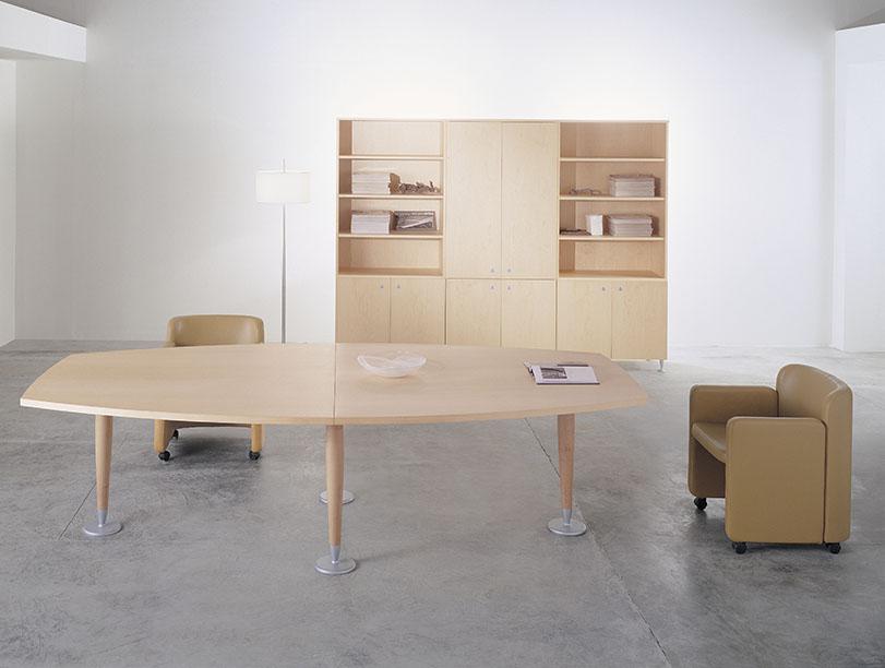 Mileni - Ximo Roca Diseño. Diseño de mobiliario para oficinas, nueva propuesta para dirección y profesionales con una innovadora concepción de formas.