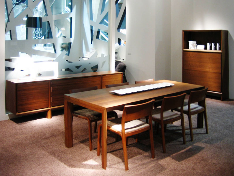 mmsiete - Ximo Roca Diseño. Diseño de stand para empresa dedicada al diseño y elaboración de muebles. Stand Feria Habitat Valencia.