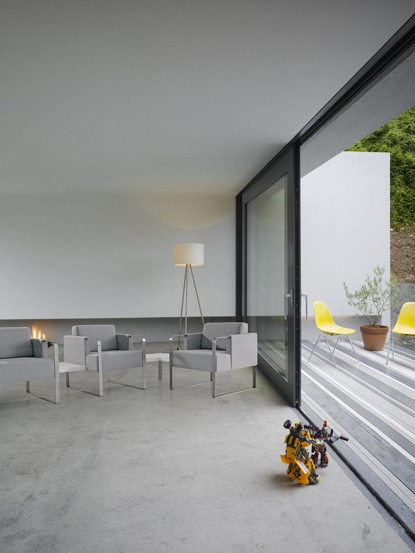 Quadrat - Ximo Roca Diseño. Diseño de butaca cúbica expresamente concebida para el mundo del contract. Diseño de producto. Diseño industrial
