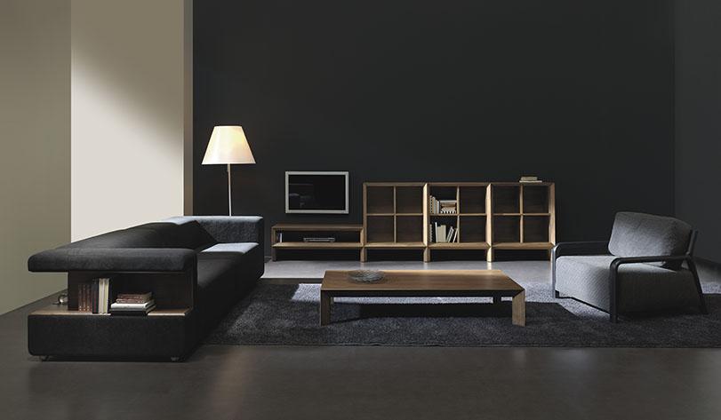 Década - Ximo Roca Diseño. Colección realizada con la más alta tecnología, realizada íntegramente en nogal. Diseño de producto. Diseño biblioteca.