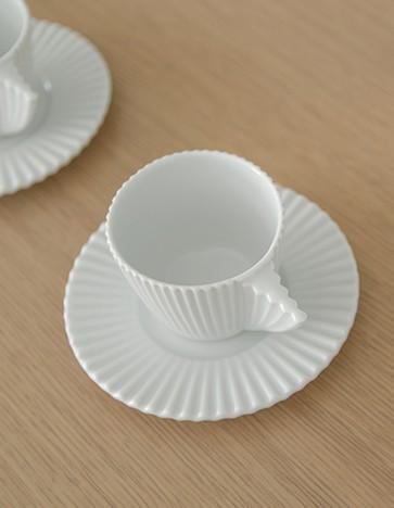 Madame - Ximo Roca Diseño