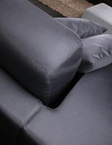 Oboe - Ximo Roca Diseño. Un sofás contemporáneo y cómodo, inspirado en los años 60 perfecto para separar el comedor en diferentes espacios.